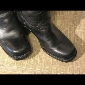 Frye Women's Campus 14L Black Boots EUC